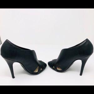 Open toe heels 🖤